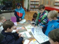 CEROVAC – Dječiji kutak u posjeti Narodnoj biblioteci u Trebinju
