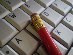 Kucanje na tastaturi ili pisanje?